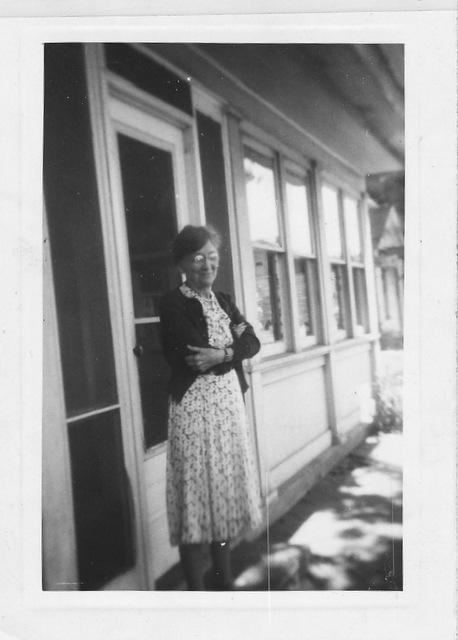 Maude Bartlett at Stout-Anderson house, Killbuck (c.1952)