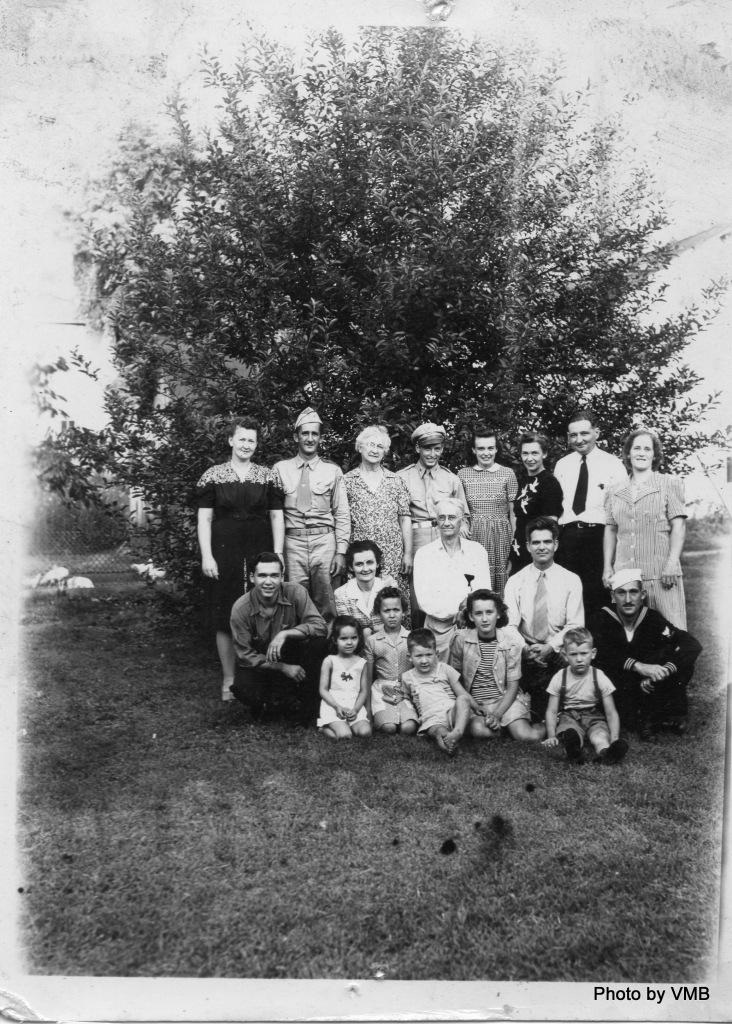World War II Family 1942 or 1943