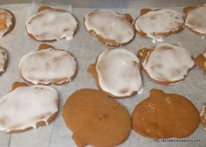 Gingerbread Hutty Cutty Cookies
