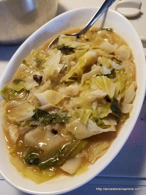 German cabbage with raisins